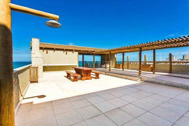 Panoramic deck great for relaxing and enjoying a wonderful view!