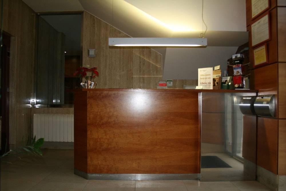 Hotel-apartamentos Ciudad De Lugo