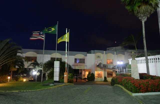 Fachada do Grand Sao Luis Hotel