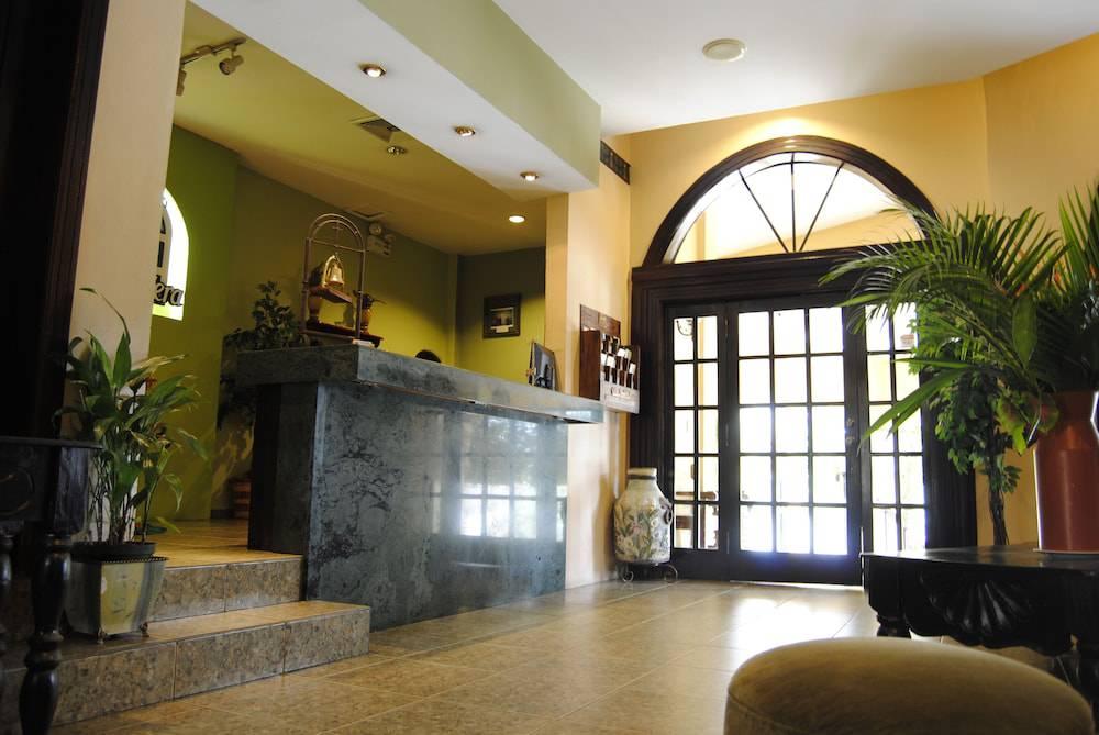 Apart Hotel La Cordillera
