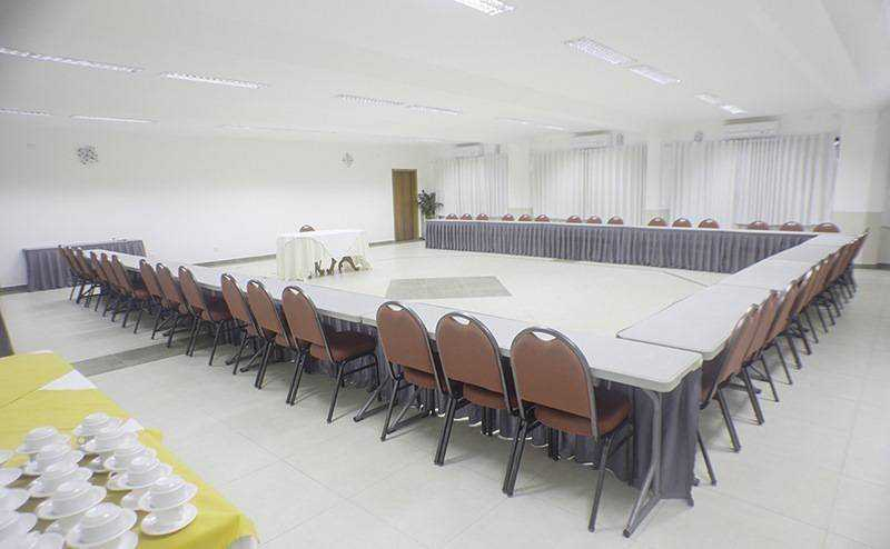 The Heliconia Hall of 170 mt2 and the Belvedere Hall of 90 mt2, are ideal for events, meetings and parties.
