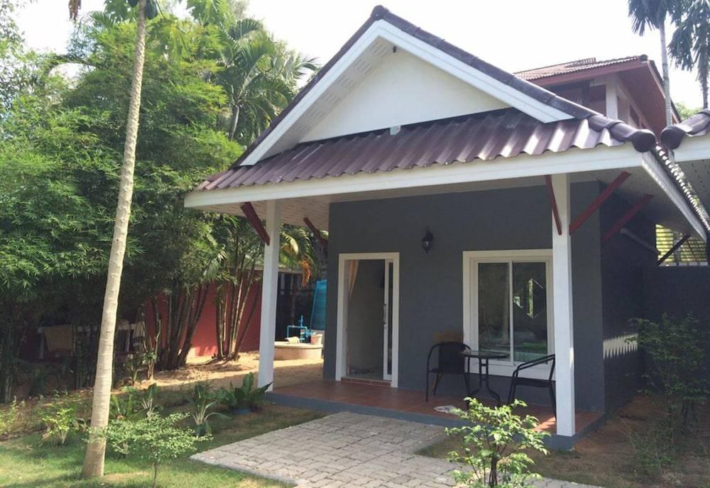 Khaolak Tusneem Resort