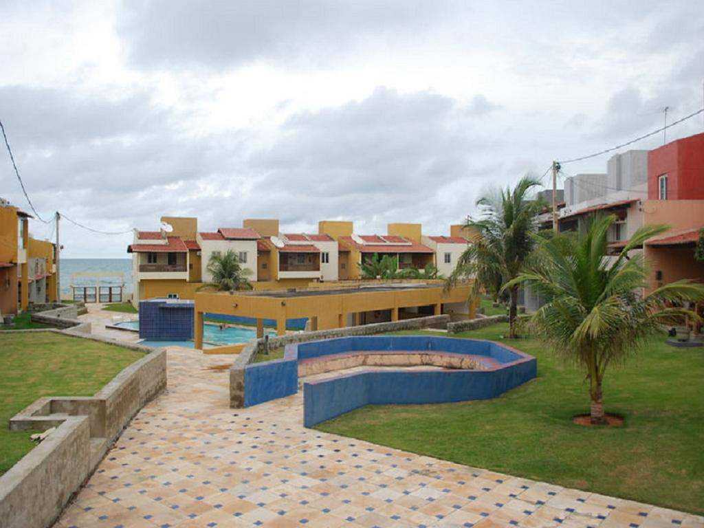 LEISURE AREA WITH DIRECT ACCESS TO THE SEA